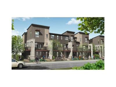 Denver Condo/Townhouse Active: 9161 East 52nd Drive
