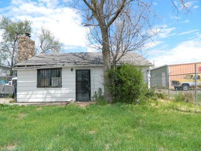 Aurora, Denver Single Family Home Active: 2811 West 64th Avenue
