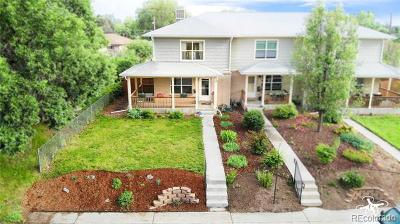 Denver Condo/Townhouse Active: 5212 East Thrill Place