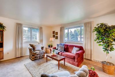 Single Family Home Under Contract: 10852 West 67th Place