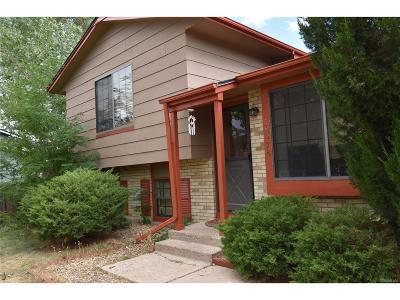 Aurora CO Single Family Home Active: $274,900