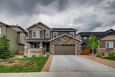 Castle Rock CO Single Family Home Under Contract: $485,000