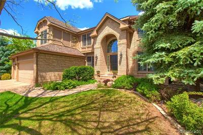 Denver, Lakewood, Centennial, Wheat Ridge Single Family Home Active: 4735 East Pinewood Circle