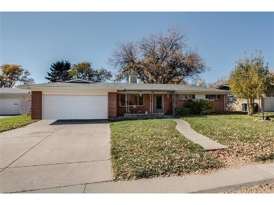 Single Family Home Active: 2621 South Ivy Street