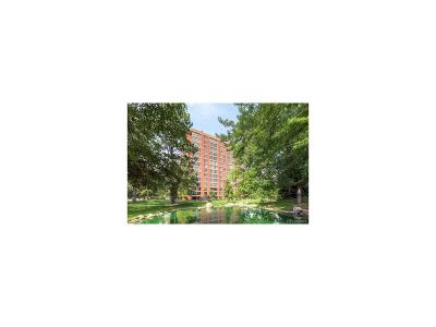 Englewood Condo/Townhouse Active: 1900 East Girard Place #609