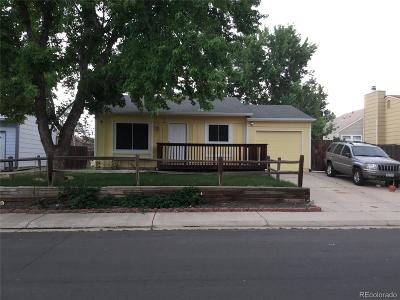 Aurora CO Single Family Home Active: $280,000