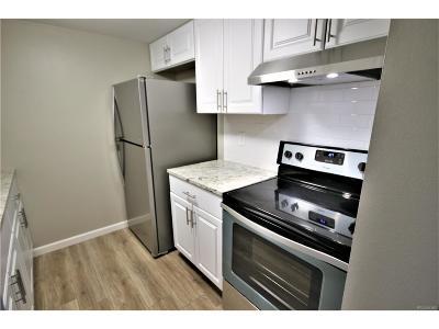 Wheat Ridge CO Condo/Townhouse Active: $135,000