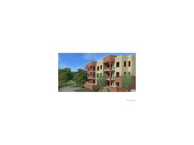 Condo/Townhouse Under Contract: 4885 South Monaco Street #101