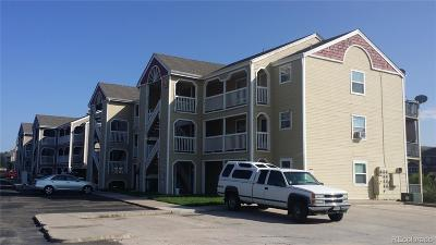 Castle Rock Condo/Townhouse Active: 1151 South Gilbert Street