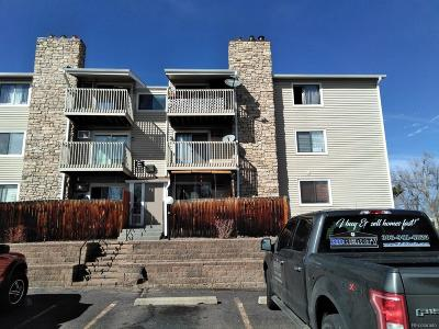 Lakewood CO Condo/Townhouse Active: $195,000