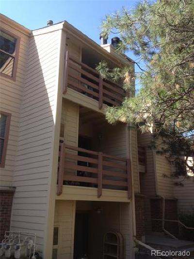 Denver CO Condo/Townhouse Active: $219,000