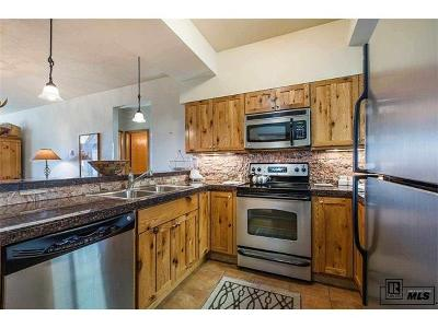 Steamboat Springs Condo/Townhouse Active: 2200 Apres Ski Way #311