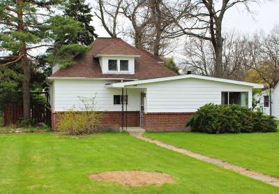 Single Family Home For Sale: 346 E Strohm St