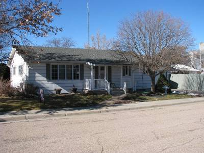 Single Family Home For Sale: 403 N. Denison St.