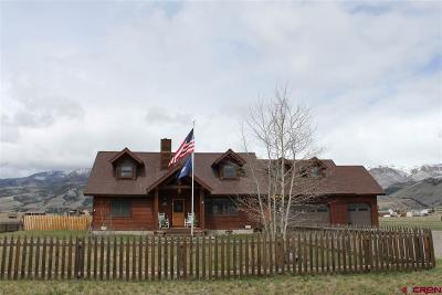 Creede Single Family Home UC/Contingent/Call LB: 140 Moonshine Avenue
