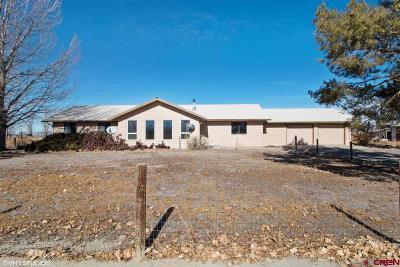 Olathe Single Family Home For Sale: 60577 E Mesa Road