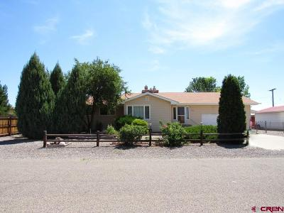 Eckert Single Family Home UC/Contingent/Call LB: 13030 Hillcrest Road