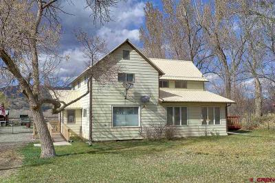 Single Family Home UC/Contingent/Call LB: 33845 Coburn Road