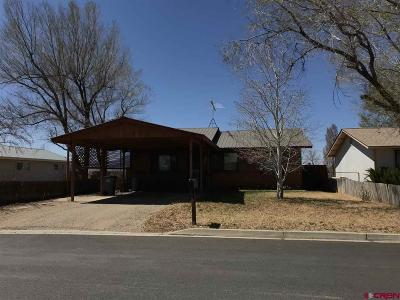 Cortez Single Family Home UC/Contingent/Call LB: 209 N Henry