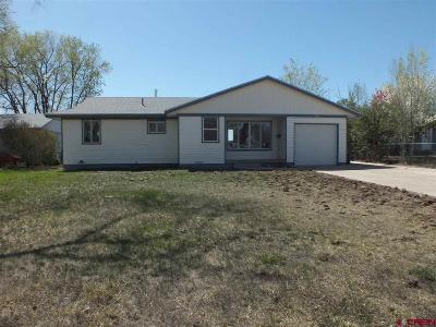 Cortez Single Family Home UC/Contingent/Call LB: 825 N Edith