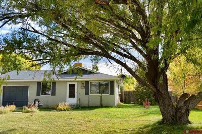 Montrose Single Family Home UC/Contingent/Call LB: 16346 Olive Court