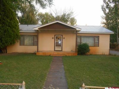 Olathe Single Family Home UC/Contingent/Call LB: 114 S 5th Street