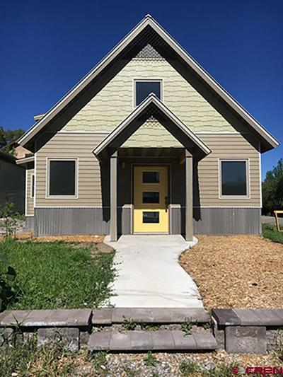 Ridgway Single Family Home UC/Contingent/Call LB: 267 N Laura