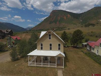 Silverton Single Family Home For Sale: 809 Reese St