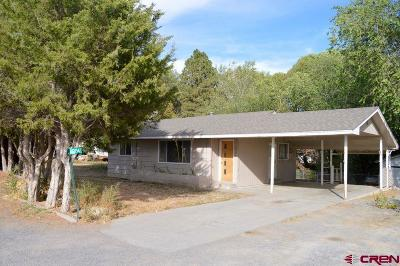 Single Family Home UC/Contingent/Call LB: 13194 Orchard Avenue
