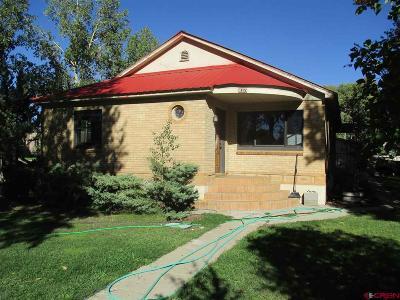 Gunnison Single Family Home For Sale: 620 N Iowa Street