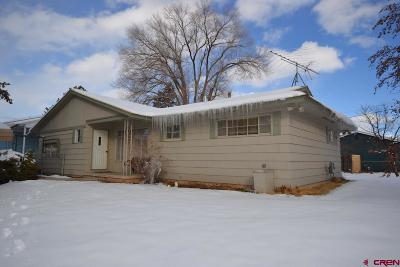 Cortez Single Family Home UC/Contingent/Call LB: 902 N Edith Street