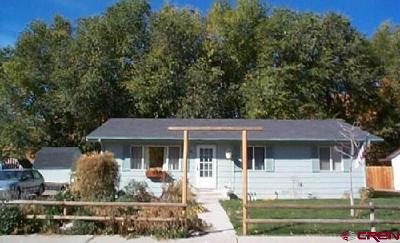 Olathe Single Family Home UC/Contingent/Call LB: 151 Riverside