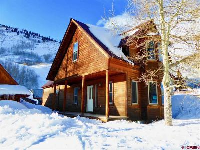 Silverton Single Family Home UC/Contingent/Call LB: 1427 Snowden Street