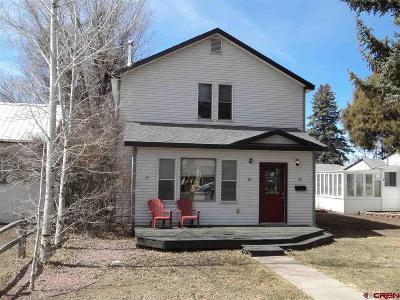 Monte Vista Single Family Home UC/Contingent/Call LB: 37 Bronk Street