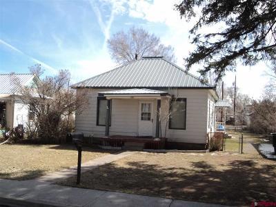 Monte Vista Single Family Home UC/Contingent/Call LB: 128 Tyndal Street