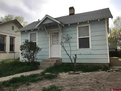 Delta Single Family Home UC/Contingent/Call LB: 621 Columbia #and 617