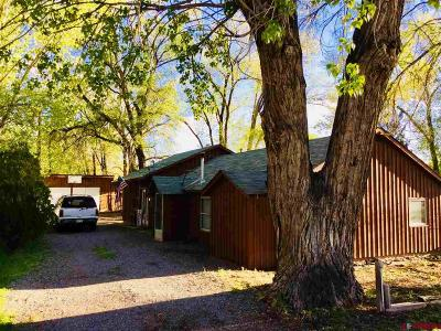 Olathe Single Family Home UC/Contingent/Call LB: 214 SW 5th Street