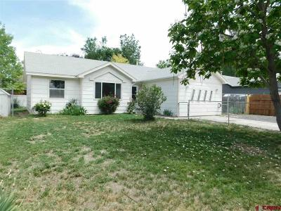 Delta Single Family Home UC/Contingent/Call LB: 634 W Apple Drive