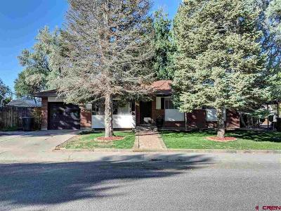 Montrose Single Family Home UC/Contingent/Call LB: 1412 Avon Drive