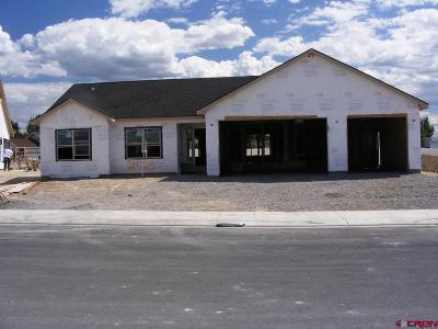 Montrose Single Family Home UC/Contingent/Call LB: 2525 Pecan Street