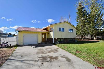 Gunnison Single Family Home UC/Contingent/Call LB: 901 N Pine Street