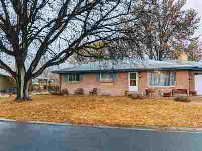 Single Family Home For Sale: 2118 Yosemite Road