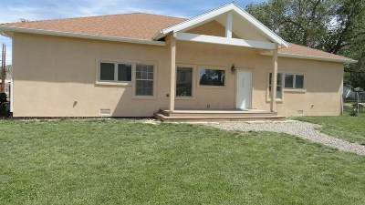 Single Family Home For Sale: 320 W 5th Street