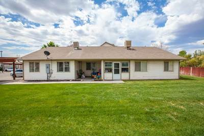 Condo/Townhouse For Sale: 385 Sunnyside Circle #G