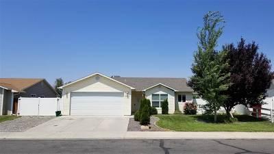 Single Family Home For Sale: 3030 Mohawk Avenue