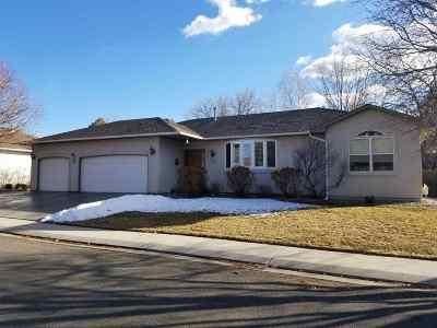 Single Family Home For Sale: 2653 Hemlock Court