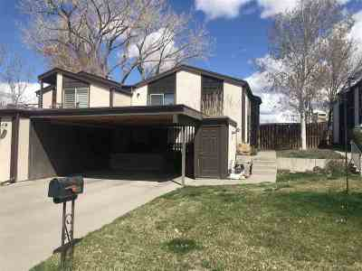 Condo/Townhouse For Sale: 1044 Lakeside Drive