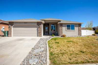 Single Family Home For Sale: 2936 Joan Way