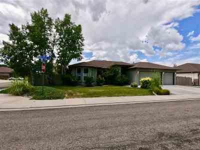 Single Family Home For Sale: 2519 Garnet Avenue