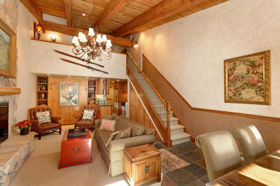 Snowmass Condo/Townhouse For Sale: 690 Carriage Way # 304